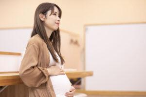 産前産後休業はいつから取得できるのか